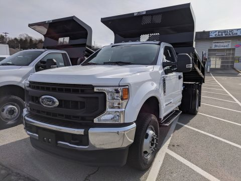 2020 Ford Super Duty F-350 DRW Chassis Cab XL