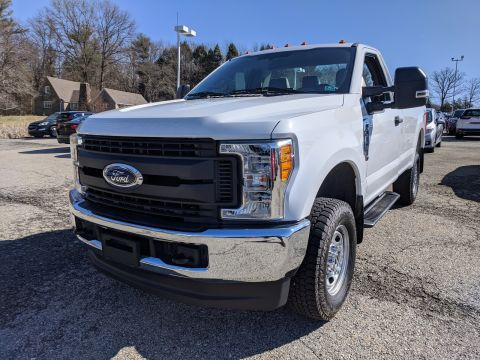 Pre-Owned 2017 Ford Super Duty F-250 Pickup XL 4WD Regular Cab Pickup